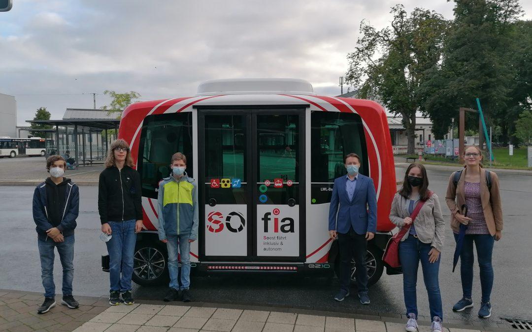 Autonomes und inklusives Fahren hautnah erleben – SOfia-Fahrt der Archi-Roboter-Challenge-GewinnerInnen